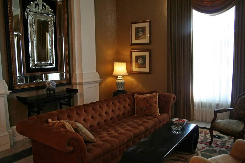 Victorian era living room home decor.