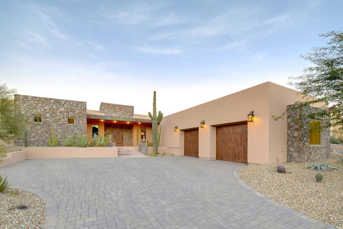 Sleek Contemporary Southwestern House with 2 Primary Suites