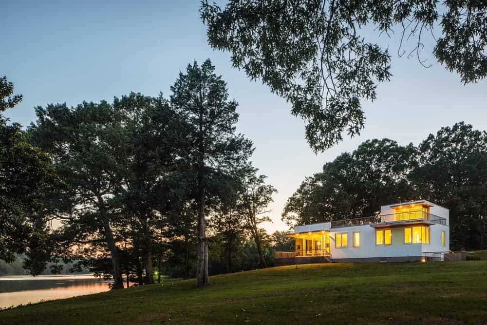 Deep Point Road House by BFDO Architects