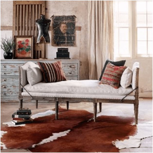Wood framed chaise lounge
