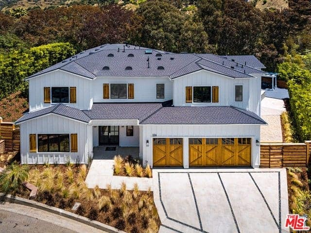 Luxury Home with Windows Throughout and High-End Finish