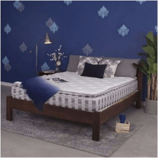 Image of a queen-sized bed mattress
