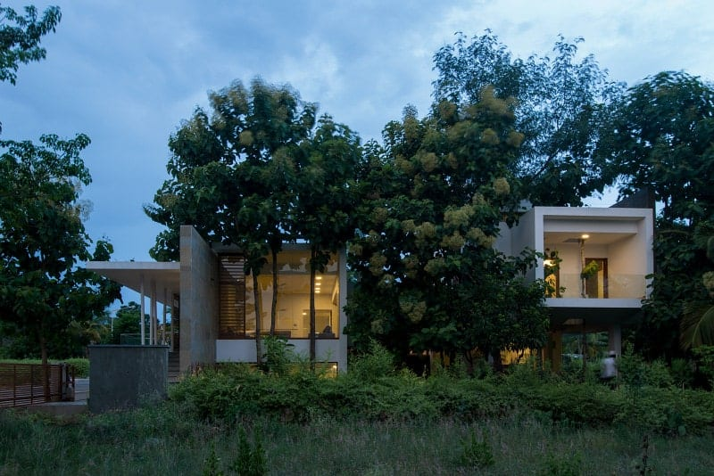 Cherian Residence in India by Architecture Paradigm