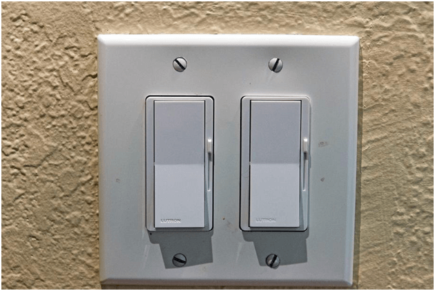 Recessed lighting dimmer switch