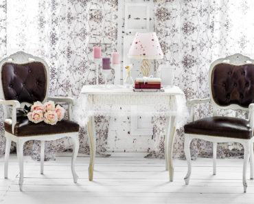 Shabby Chic home decor sitting area
