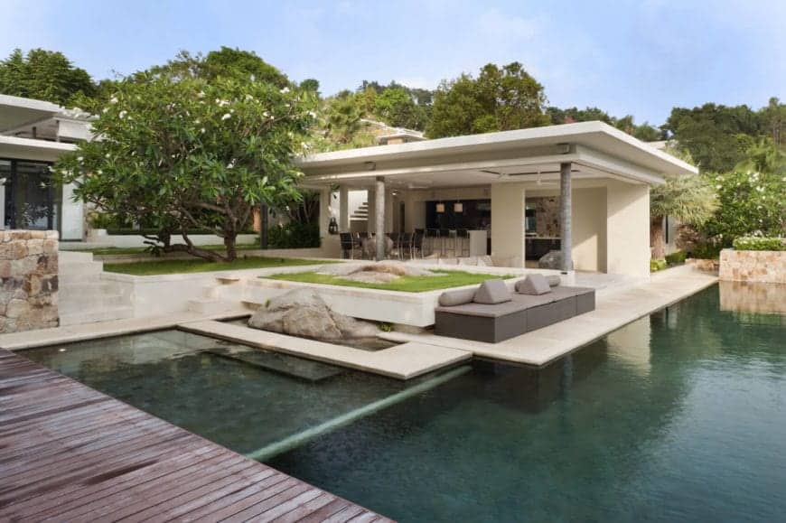 Breezy and Sprawling Tropical Island Villa With Infinity Pool