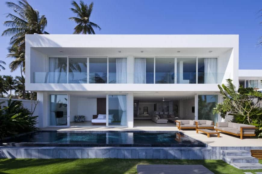 "MM Architects Creates Stunning Tropical Waterfront ""Oceanique"" Villas"