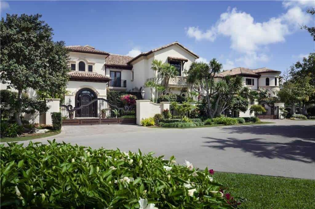 Modern Waterway Florida Mansion with an Incredible Kitchen