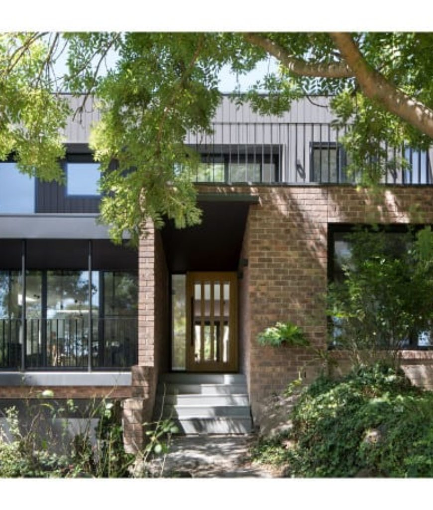 1InbetweenArchitecture_Ruffey-Lake-House.jpg