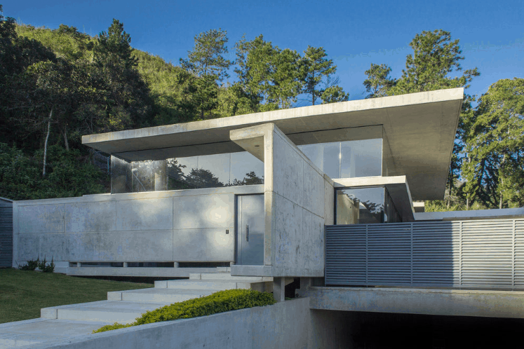 The Guaporo Concrete House