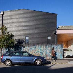 2POLYstudio-The_Corner_House