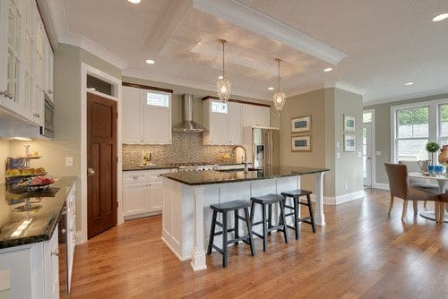 Large Transitional L Shaped Open Concept Kitchen Walk In Pantry