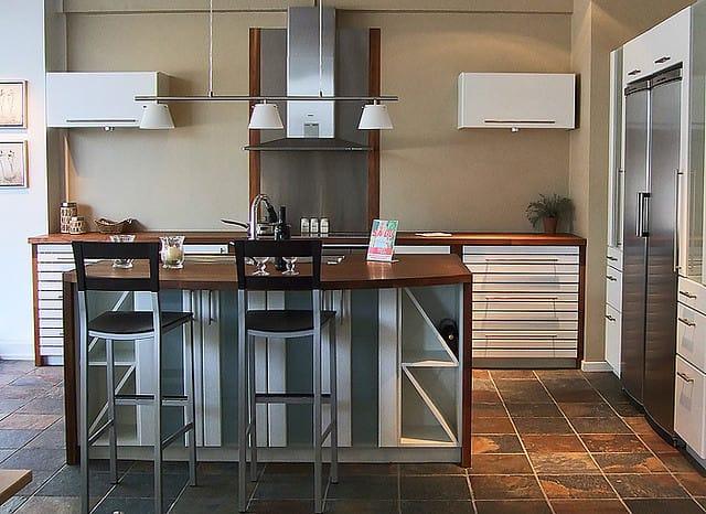 Modern kitchen with craftsman elements (interesting)
