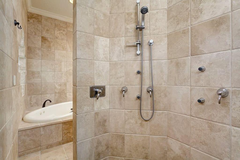 Beige Mediterranean Style Master Bathroom Ideas