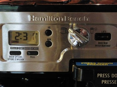 Close up of the screen and menu options for the Hamilton Beach Flexbrew coffee machine