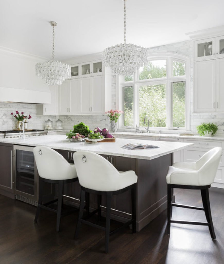 Glamourous white kitchen