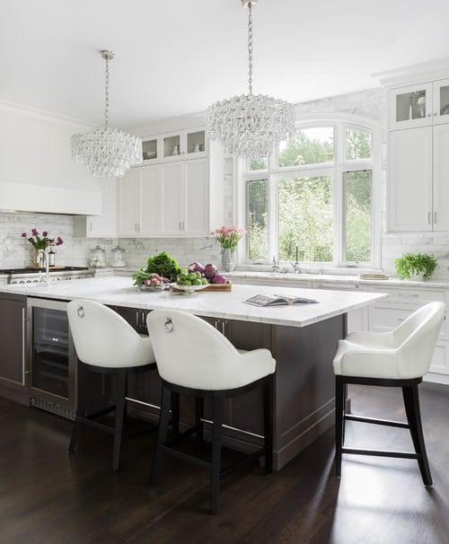 Glamourous white kitchen