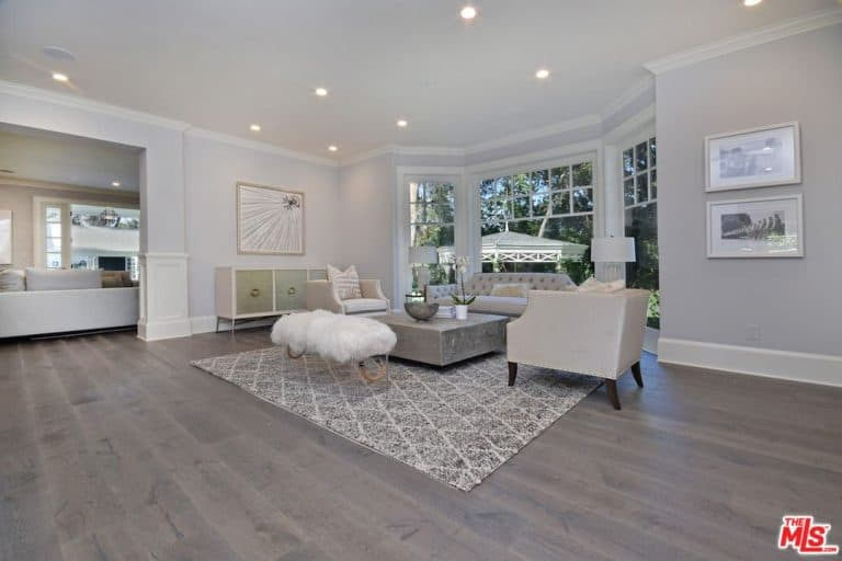 One Of The Living Spaces Of Kyle Richards And Mauricio Umansky With A Large  Customized Glass Window, Classy Rug And Hardwood Flooring.Source: Trulia Part 69