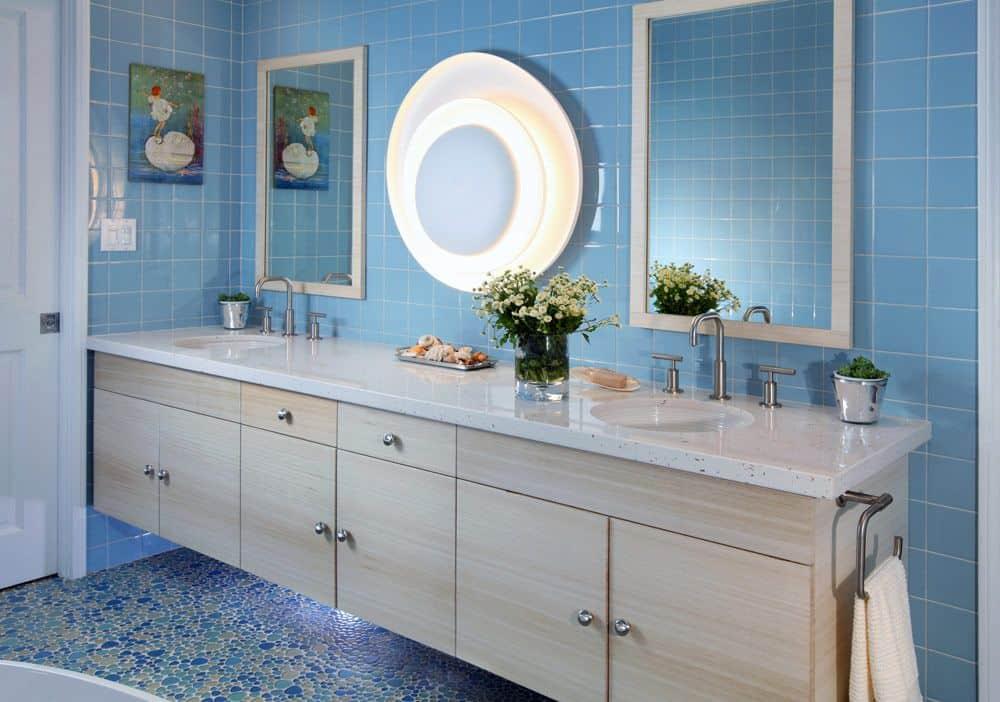 source zillow digs - Bathroom Ideas Blue