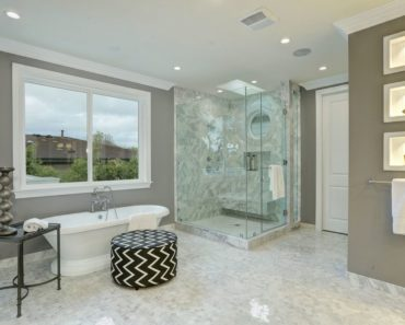 Beautiful grey master bathroom