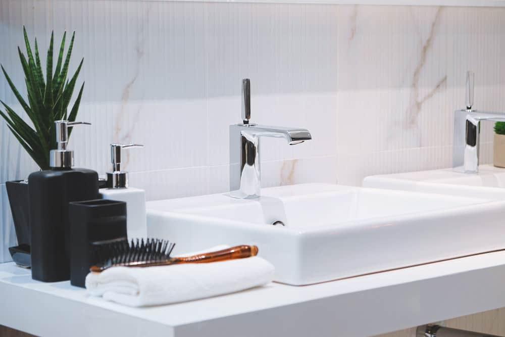 Modern bathroom basin
