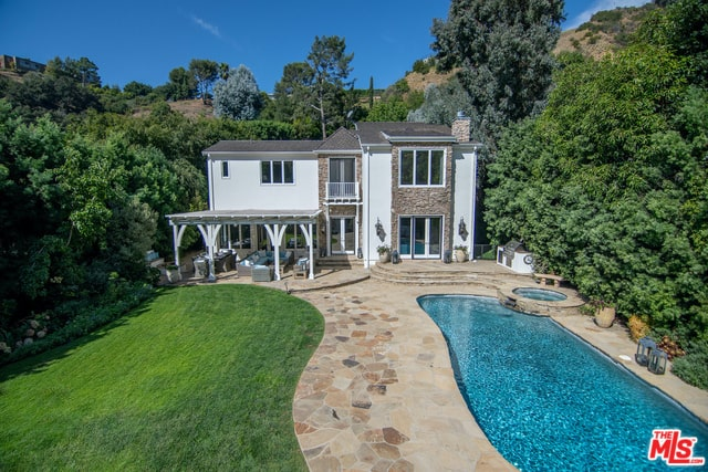 Cagney Cottage Sparks Old Hollywood Charm