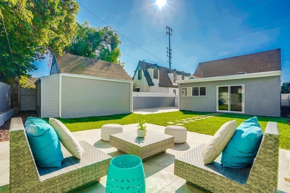 4 Bedroom, 3 Bathroom Cottage-style Home Near the Heart of Culver City