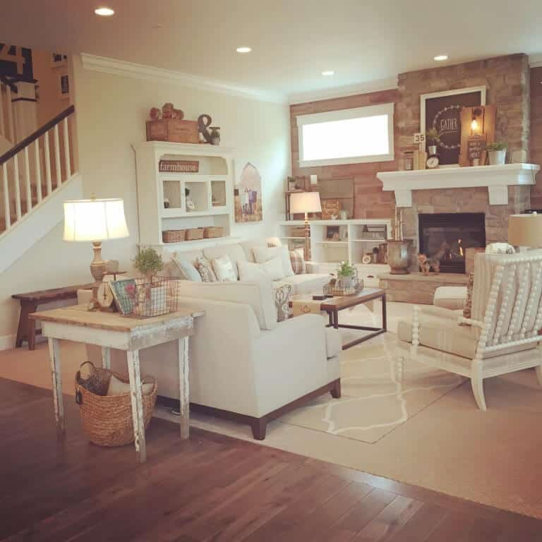 Shabby Chic Living Room Example