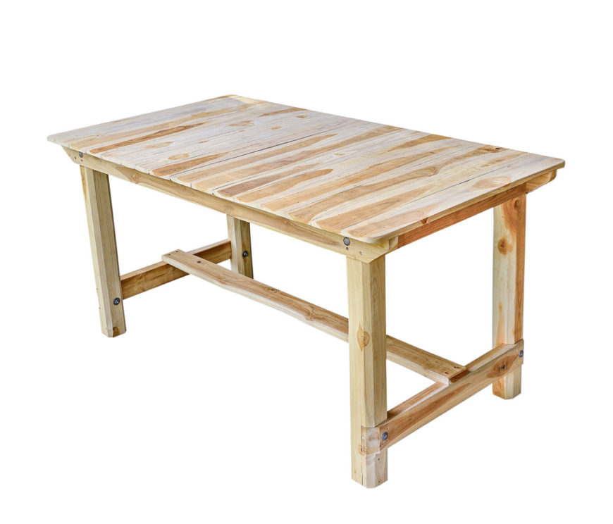 4 legged dining room table with support beams