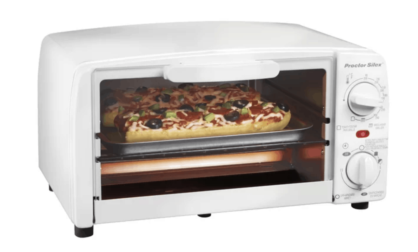 Compact 4-slice toaster oven by Proctor-Silex