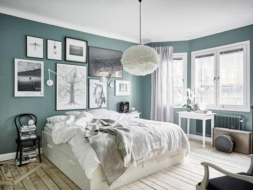 High Quality Scandinavian Master Bedroom With Pendant Light And Hardwood Floor. Amazing Ideas