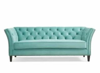 A chesterfield sofa that can accommodate a heavy capacity despite being lightweight.