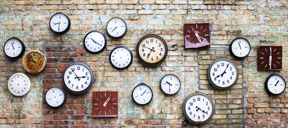 13 Great Small Wall Clocksfor 2021 Home Stratosphere