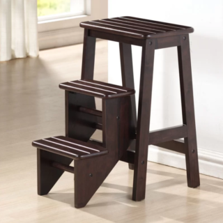 Wooden step stool with 3 steps and foldable function.