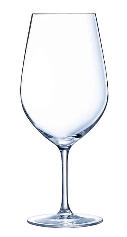 Lead-free crystal wine glass that is dishwasher safe.