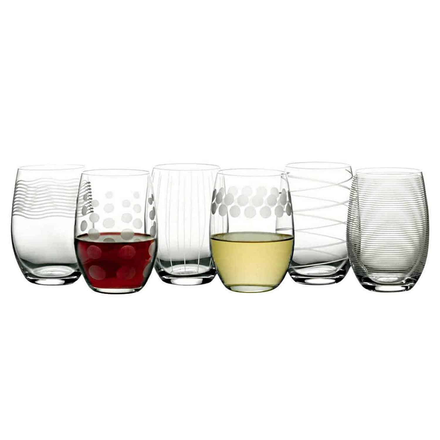 Lead-free crystal wine glass set with dishwasher feature.
