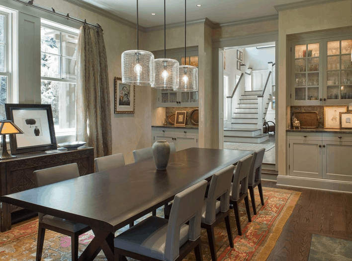 Formal dining room with large 10 person dining table.