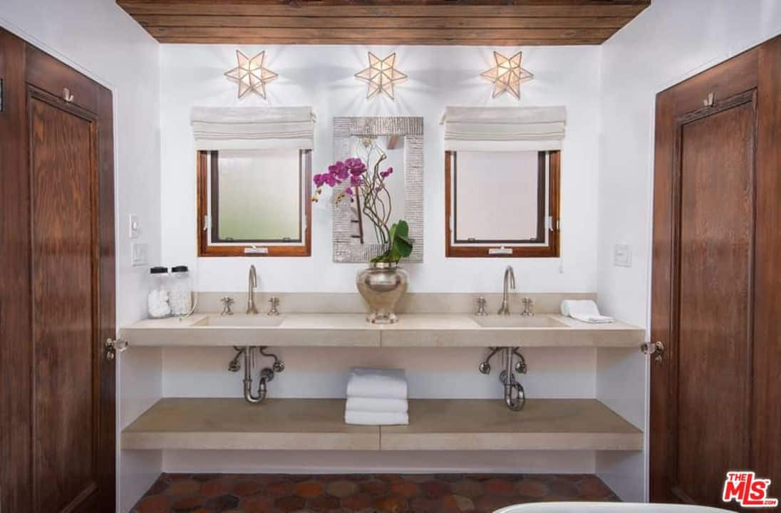 750 Custom Master Bathroom Design Ideas for 2018