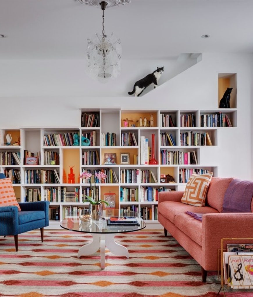 house-for-book-lovers-and-cats-living-room4-v2-031518