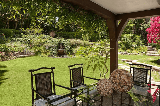The patio can be the perfect place to hold a family or friends gathering. The beautiful garden can be overlook from the patio.