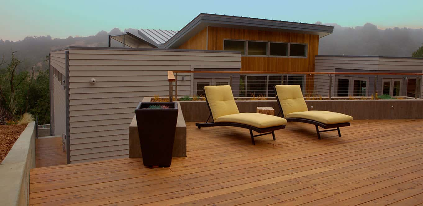 Rooftop redwood deck