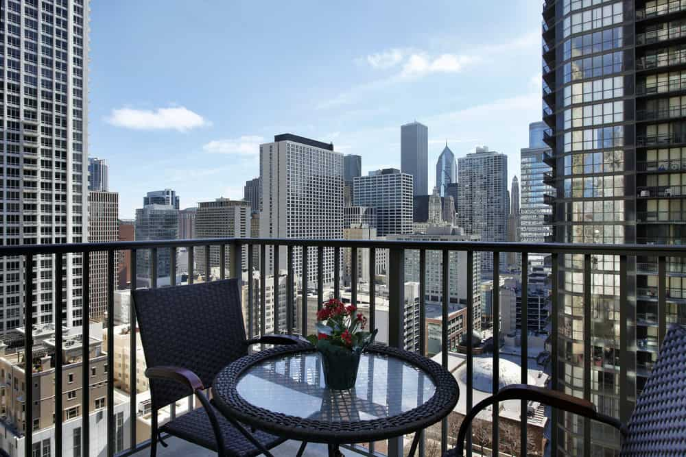 Rental condo in city