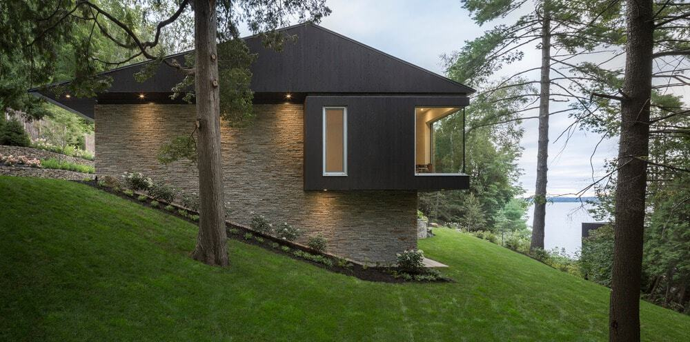 Outdoor view of the house showcasing the modern construction of the house. Photo Credit: Stephane Groleau