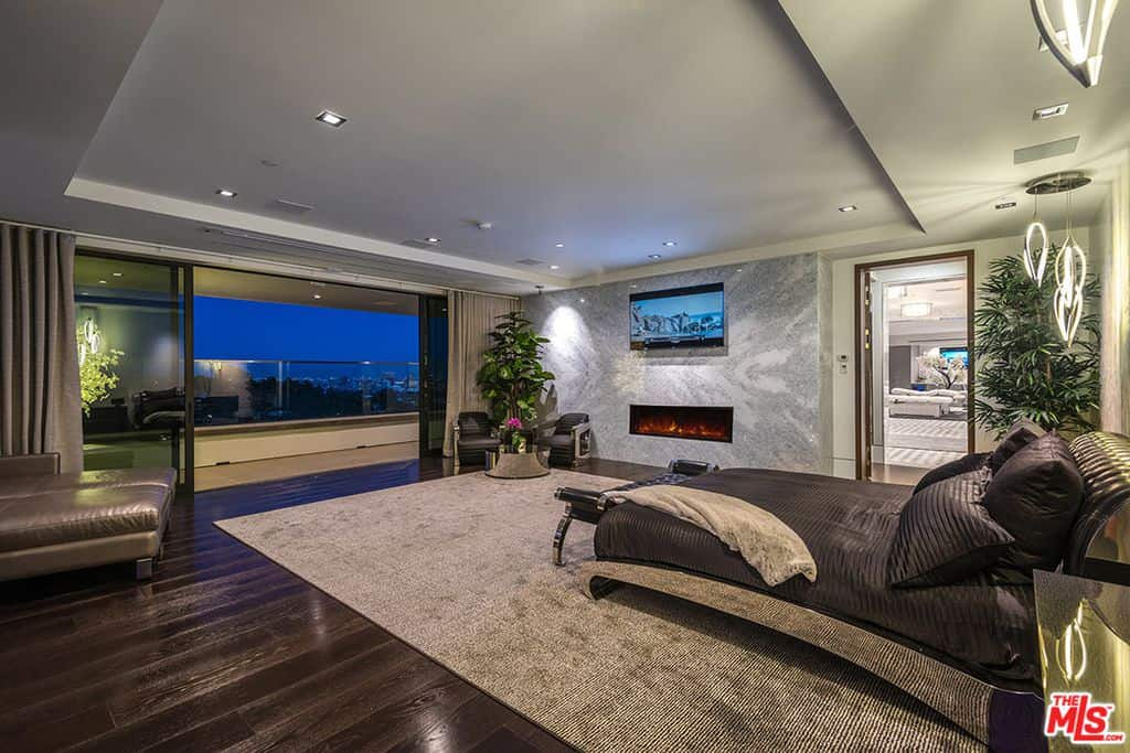 Huge master bedroom in modern design.