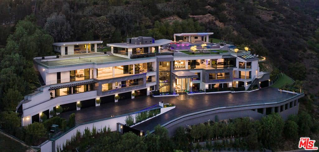 Wow Awesome 31 000 Sq Ft Los Angeles Mansion With