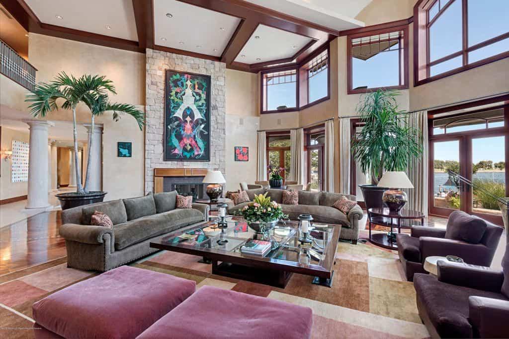 2 story family room with plenty of windows.