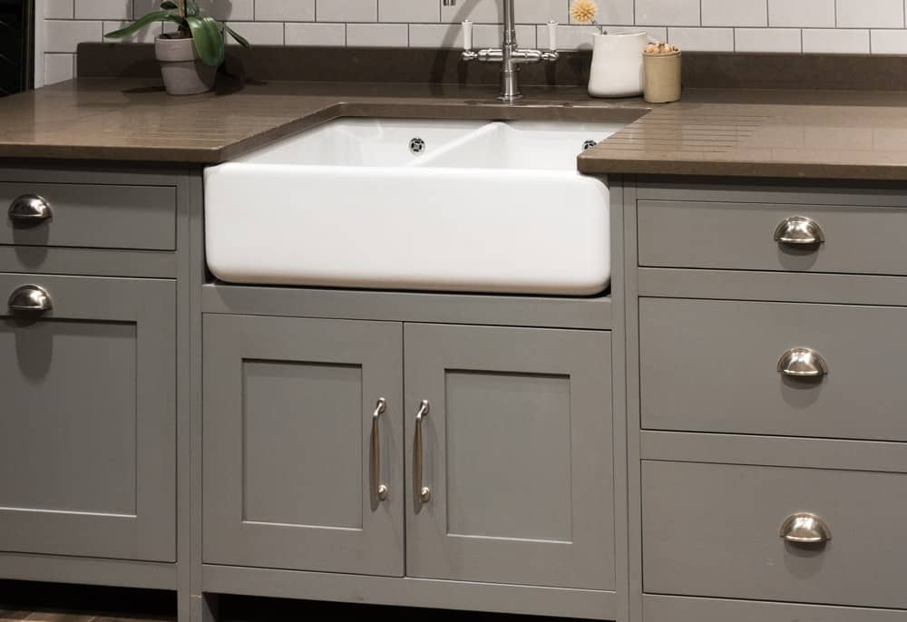 Bespoke white farmhouse kitchen sink