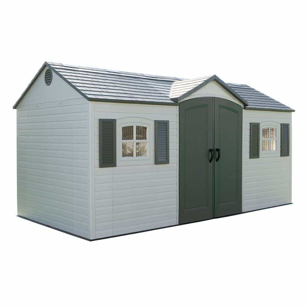 Shed with vinyl roofing