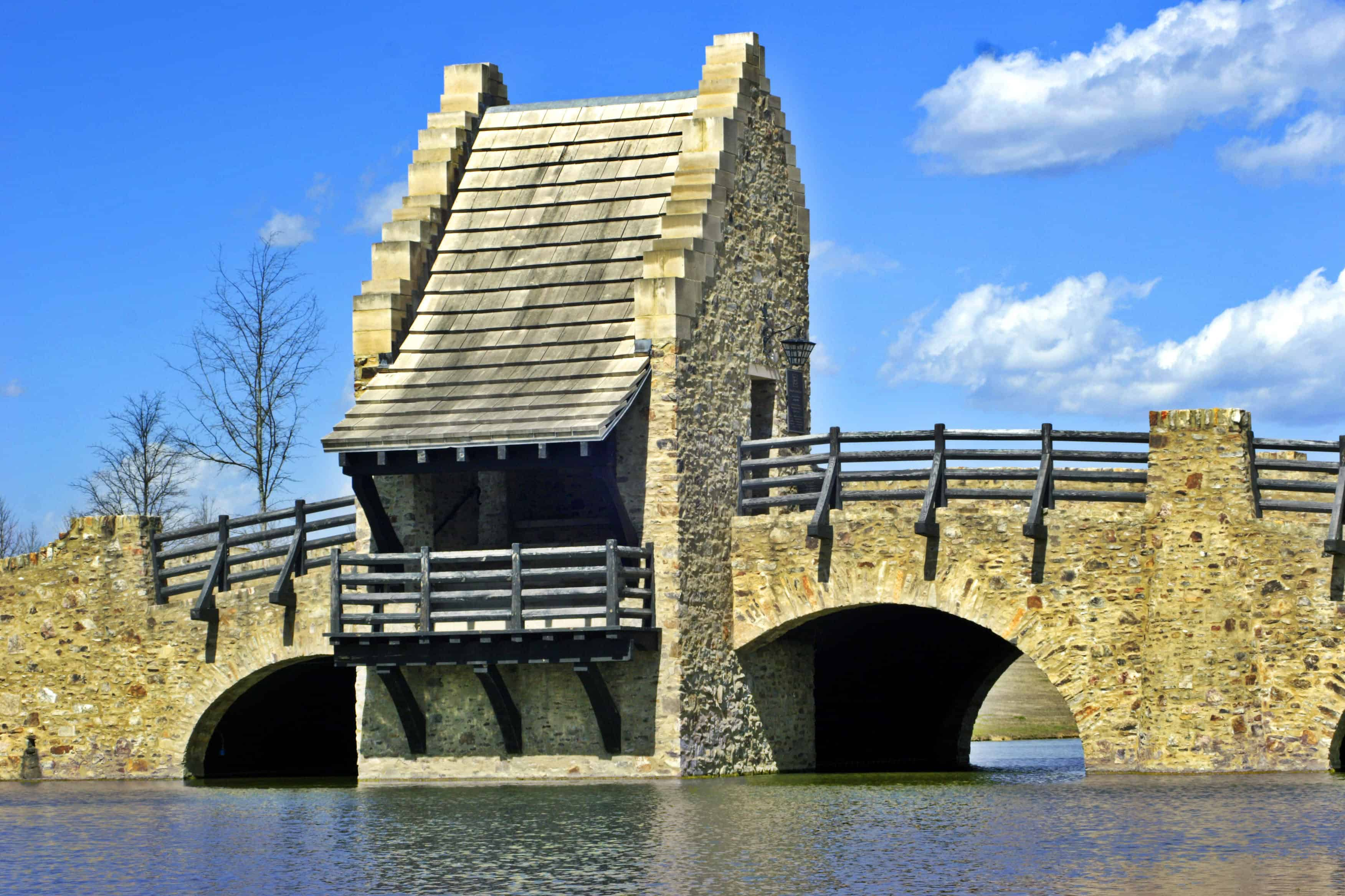 House built on a bridge