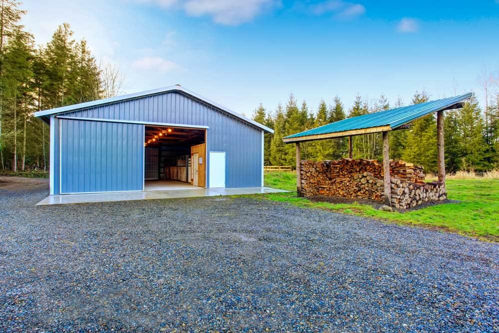 Huge backyard shed with tool shop